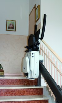 SC108 | Chair Stairlift SC108